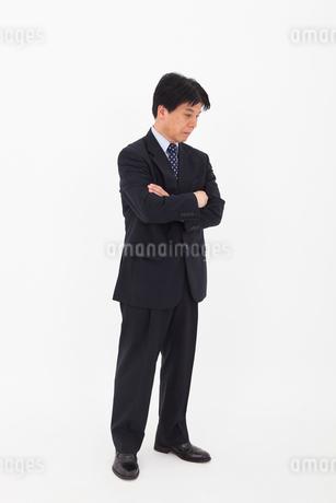 スーツを着た男性の写真素材 [FYI02675607]