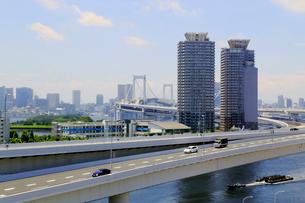 首都高速道路11号台場線の写真素材 [FYI02675609]
