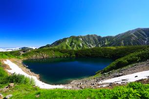 立山室堂平・ミクリガ池の写真素材 [FYI02675642]