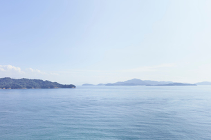 祇園神社から臨む瀬戸内海の写真素材 [FYI02675789]