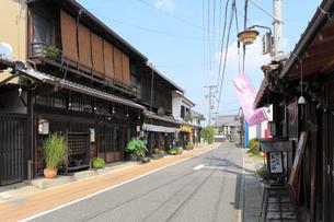 中山道太田宿の家並みの写真素材 [FYI02676053]
