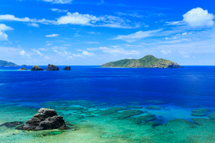 慶良間諸島,座間味島,神の浜展望台から望む海の写真素材 [FYI02676213]