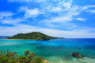 慶良間諸島,阿嘉島のアマグスク展望台から望む慶良間島の写真素材 [FYI02676263]
