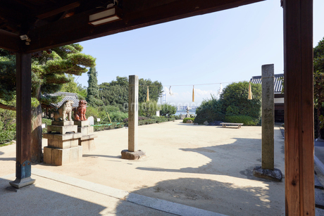 祇園神社の境内の写真素材 [FYI02676518]