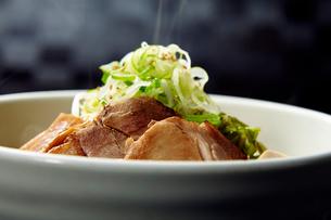 チャーシュー麺の写真素材 [FYI02676666]