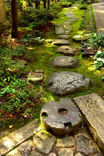 松雲山荘日本庭園の印象の写真素材 [FYI02676906]
