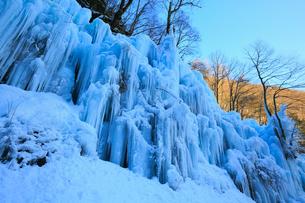 飛騨大鍾乳洞・氷の渓谷の写真素材 [FYI02676940]