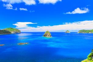 小笠原諸島父島 海岸通りから望む二見湾の写真素材 [FYI02677096]