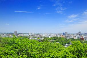 仙台城跡から望む市街の写真素材 [FYI02677209]