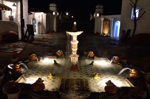 地中海村の夕景の写真素材 [FYI02677218]
