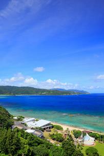 奄美大島 大浜海浜公園より望む東シナ海の写真素材 [FYI02677253]