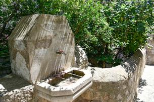 ドゥブロヴニク旧市街の水場の写真素材 [FYI02677341]