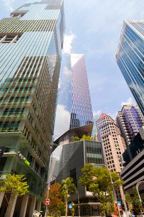 ダウンタウンコアの高層ビル街の写真素材 [FYI02677760]