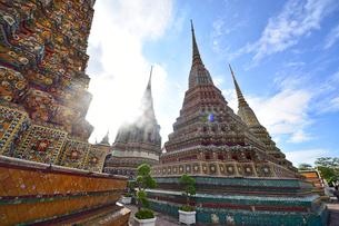 ワットポーの仏塔の写真素材 [FYI02677828]