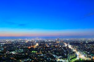 名古屋の街明かり 夜景の写真素材 [FYI02678032]