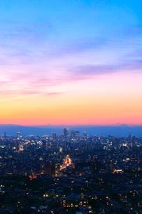 名古屋の町並み夕景の写真素材 [FYI02678675]