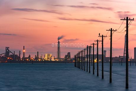 江川海岸 海中電柱の写真素材 [FYI02678703]