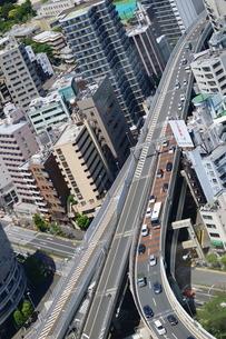 首都高一の橋ジャンクションの写真素材 [FYI02679078]