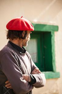 ベレー帽とパタゴニアの牧童ガウチョの写真素材 [FYI02679089]