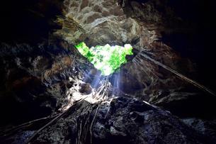 カオ・ルアン洞窟寺院 景観の写真素材 [FYI02679266]