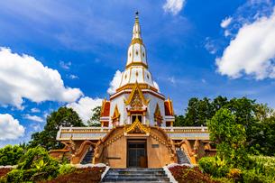 Wat Bunyanusorn, Udon Thani, Thailandの写真素材 [FYI02680393]