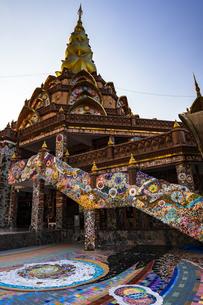 タイ ワット・プラタート・ソーンケーオの写真素材 [FYI02680398]