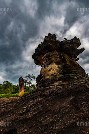 Phu Phra Bat Historical Park, Thailandの写真素材 [FYI02680424]