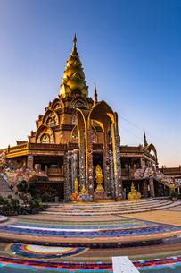タイ ワット・プラタート・ソーンケーオの写真素材 [FYI02680508]