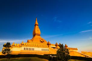タイ ロータスパゴダの写真素材 [FYI02680596]