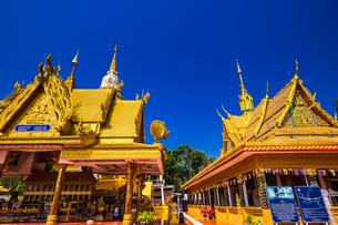 タイ チェンライ ワット・チョムサックの写真素材 [FYI02680943]