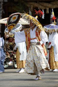 滝の宮念仏踊りの写真素材 [FYI02682049]