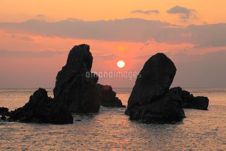 五色の浜の日の出の写真素材 [FYI02682167]
