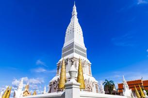 Wat Phra That Tha Uthen, Nakhon Phanom, Thailandの写真素材 [FYI02682701]
