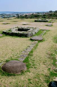 勝連城跡 沖縄県の写真素材 [FYI02684481]