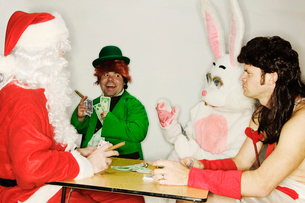 Holiday mascots gamblingの写真素材 [FYI02685338]