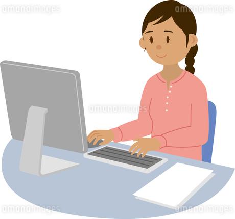 事務の仕事をする東南アジア系女性のイラスト素材 [FYI02686331]