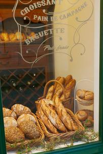 パリイメージのパン屋の写真素材 [FYI02687074]