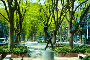 定禅寺通り グレコ像 宮城県 の写真素材 [FYI02687531]