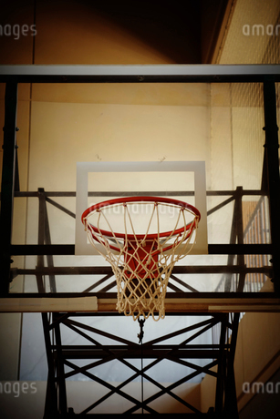 バスケットボールのゴールの写真素材 [FYI02687571]
