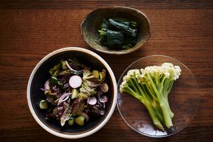 無農薬野菜料理の写真素材 [FYI02687625]