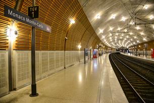 モンテカルロ駅の写真素材 [FYI02688519]