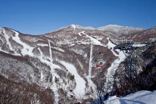 横手山スキー場の写真素材 [FYI02688572]