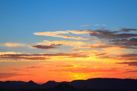 讃岐平野の夕雲の写真素材 [FYI02689356]