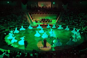 メヴラーナのセマー(旋舞)の写真素材 [FYI02689520]
