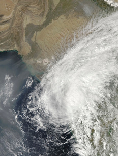 Tropical Storm Phyan near the India-Pakistan border.の写真素材 [FYI02689944]