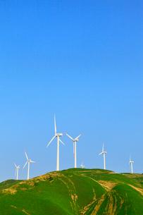 俵山峠の風車の写真素材 [FYI02690056]
