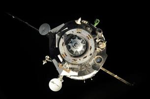 The Soyuz TMA-17 spacecraft departs the International Spaceの写真素材 [FYI02690155]