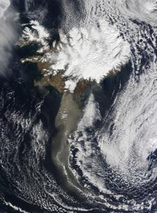 A cloud of ash from Iceland's Eyjafjallajokull volcano extenの写真素材 [FYI02690206]