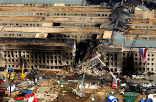 Aerial view of the terrorist attack on the Pentagon on Septeの写真素材 [FYI02691000]
