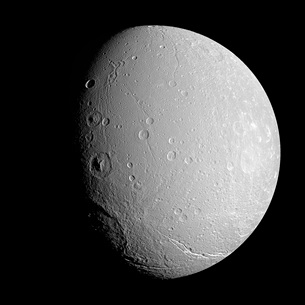 Saturn's moon Dioneの写真素材 [FYI02691610]